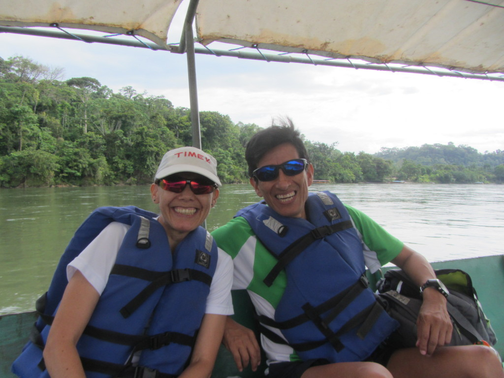 Edgar and Carmiñia at the beginning of our big boat adventure