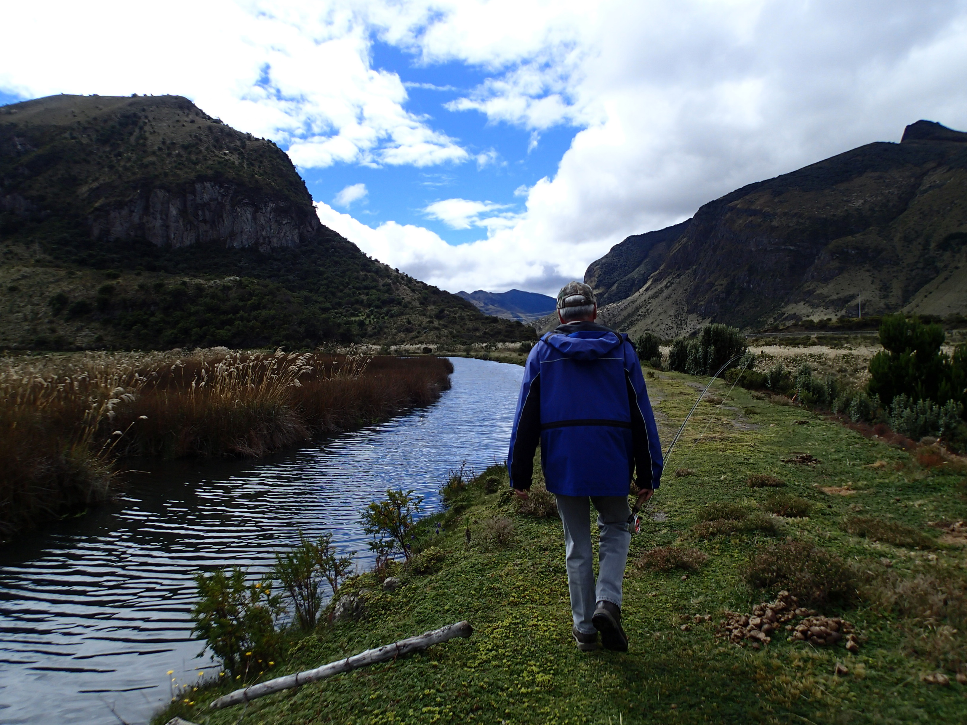 Campuchoca lodge near quito ecuador for Fly fishing spots near me